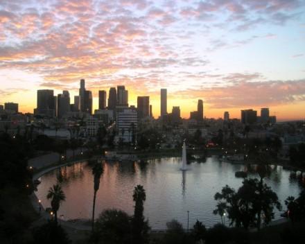 los_angeles_skyline-011(www.TheWallpapers.org)-1280x1024